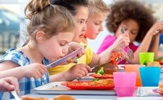 Short lunch periods in schools linked with less healthy eating. Students with less than 20 minutes to eat school lunches consume signi. Lunch Time, Lunch Box, Public Health, Other People, Healthy Eating, Nutrition, Study, News, Children