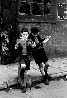 Extraordinary black and white photographs of post-war 1950s Britain | Creative…