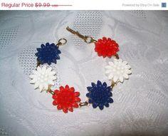Flower bracelet goldtone red white blue flower by vintagebyrudi