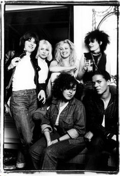 Chrissie Hynde, Debbie Harry, Viv Albertine, Siouxsie Sioux, Poly Styrene and Pauline Black, 1980 © Michael Putland
