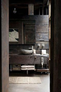baño rústico dark rustic bathroom