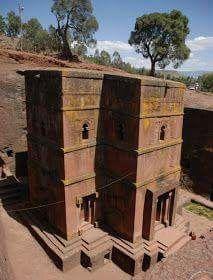 Puma Pun Ku. (Bolivia 14 a 17 mil años construcción técnica desconocida