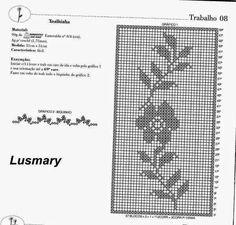 Para las amantes del crochet filet, les dejo estas tres bellísimas carpetas, caminos de mesa con un diseño super romántico. Click en las im...
