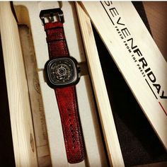 Thank you @dao_cinderella for immediate order watch strap for your new sevenfriday.    We are Watch Strap Artist who offers Ready-Made designed straps match the best with your favorite watches.   Contact Info : zirdiva@gmail.com For ZIRDIVA news and new launch showcase, Pls Click Like Page, www.facebook.com/zirdiva Follow Me Instagram And Line ID: ZIRDIVA_WATCH_STRAP  Tumblr: ZIRDIVA Twitter: ZIRDIVA…