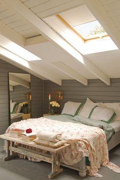 Small Attic Bedroom for your home. Small Attic Bedroom for your home. Attic Bedrooms, Bedroom Loft, Dream Bedroom, Home Bedroom, Eaves Bedroom, Master Bedroom, Attic Loft, Attic Playroom, Loft Closet