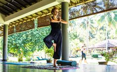 im © Eva Fischer Sri Lanka, Yoga, Strand, Leather Pants, Camping, Time Out, Exotic, Surfing, Bowties
