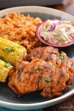 Slimming This is the Ultimate Syn Free Nando's Peri Peri Chicken Fakeaway - a truly mouthwatering delicious meal you can create at home. Gluten Free, Dairy Free, Slimming World and Weight Watchers friendly Slimming World Fakeaway, Slimming World Dinners, Slimming World Chicken Recipes, Slimming World Recipes Syn Free, Slimming World Diet, Slimming Eats, Slimming Word, Nandos Chicken Recipe, Nandos Peri Peri Chicken