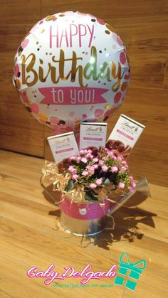 Birthday Candy, 60th Birthday Gifts, Birthday Balloons, Diy Birthday, Candy Bouquet, Balloon Bouquet, Cute Gifts, Diy Gifts, Happy Birthday To You