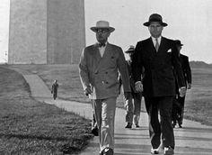 Here President Truman goes for walk near Washington Monument 1946 American Presidents, Us Presidents, Harry Truman, Land Of The Free, Interesting History, Washington, The Past, United States, Vintage Travel