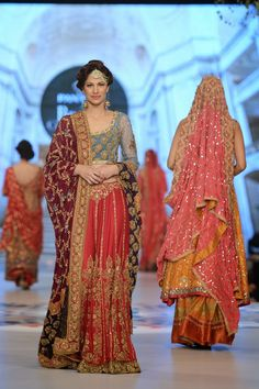Vega Fashion Mom: Tena Durrani Bridal Collection at Pantene Bridal Couture Week 2014