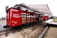 al borde transforms rail cart into cultural knowledge train - designboom | architecture