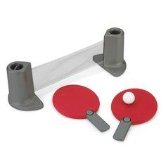 Gooi eens een balletje op! Met deze set en een tafel tover je eenvoudig een tafeltennistafel tevoorschijn! #kids #toys