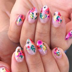 Flower manicure can often bring amazing beauty. Today, I have collected some multi-layered flower manicures, which are gentle and beautiful. I hope you like it. nails design style smudge and nice Flower Nail Designs, Gel Nail Designs, Nails Design, Tropical Flower Nails, Hawaiian Flower Nails, Cute Nails, Pretty Nails, Mexican Nails, Airbrush Nail Art