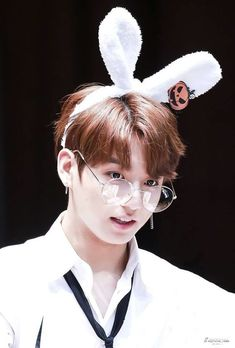 Happy Birthday to Jungkook ❤️ Foto Jungkook, Bts Jimin, Foto Bts, Jungkook Cute, Bts Taehyung, Bts Bangtan Boy, Jungkook Glasses, Jung Kook, Jikook