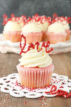 Chocolates and flowers are fine, alright. But wouldn't a cupcake be better?