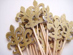 24 Glittered Gold Fleur de Lis Party Picks - Cupcake Toppers - Toothpicks - Food Picks - FP328