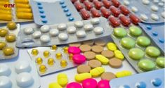 Lista medicamentelor care produc leziuni renale este atat de lunga incat este greu sa stabilim un top zece cele mai periculoase. Asa ca am ales sa le insir dupa categorie: antibiotice, analgezice, etc TOP ZECE MEDICAMENTE CARE PRODUC LEZIUNI RENALE: Antibiotice, inclusiv ciprofloxacina, meticilina, vancomicina, sulfamidele. Analgezice, inclusiv acetaminophen si antiinflamatoare nesteroidiene cum ar fi:Read More