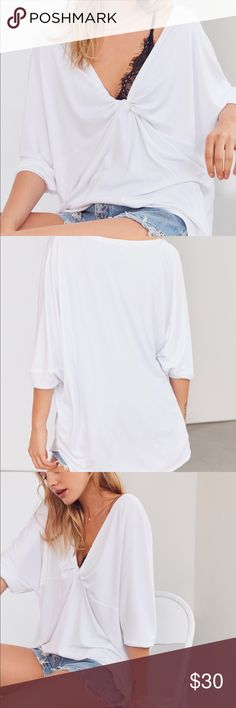 Urban Outfitters Silence+Noise Twist in Time Tee White. Xs. Worn once for an hour out of the house. Very comfy and cute! Perfect for any occasion! Make an offer! Urban Outfitters Tops