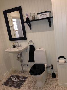 Mirjam Rakuljic gästtoalett Marrakech rökgrå Marrakech, Vanity, Mirror, Bathroom, Inspiration, Furniture, Ideas, Design, Home Decor