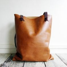 Image of SALE! murphy feed bag in whiskey - $375 down to $300
