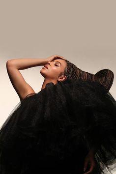 Estilo Beyonce, Beyonce Style, Queen Bee Beyonce, Beyonce Coachella, Beyonce Knowles Carter, Brown Skin Girls, African Culture, Female Singers, Celebs