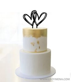 Cake Topper Corazon dibujado a mano    Decoracion para Tartas de Boda   Topper Corazon Garabato   Topper Boda Original   Hand drawn hearts de LEOYMENA en Etsy Cake Toppers, Wedding Decorations, Etsy, Wedding Cake Decorations, Doodle, Hearts, Weddings, Wedding Decor