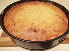 Pască fără aluat, cu mix de brânzeturi și stafide - Rețete Merișor Easter Pie, Cornbread, Macaroni And Cheese, Cheesecake, Deserts, Ethnic Recipes, Food, Millet Bread, Cheesecake Cake