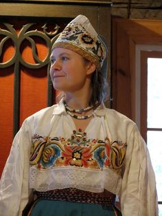 National costume from North Estonia. Baltic Region, Costumes Around The World, Art Populaire, Folk Costume, People Of The World, World Cultures, Traditional Dresses, Folklore, Europe
