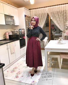 4,361 отметок «Нравится», 235 комментариев — Selma Emin (@selmaemin) в Instagram: «Selam kızlar 😊😊 nasılsınız bugün 😍güne geç başlayanlardanım 😌 size çokça dm den mesaj aldığım halı…» Diy Furniture, Kitchen Decor, Midi Skirt, Tulle, Wall Decor, Comfy, Pretty, Room, Outfits