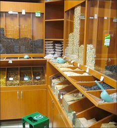 Supermarket Design, Retail Store Design, Grain Store, Mini Store, Vegetable Shop, Herb Shop, Coffee Store, Cardboard Crafts, Store Displays