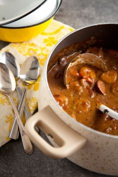 Paula Deen Bubba's Shrimp Gumbo. Gumbo is best served over home made potato salad in my opinion, especially a true gumbo recipe such as this. Nothing like a good gumbo on Sunday evening. Cajun Cooking, Cooking Recipes, Cajun Food, Donut Recipes, Cooking Oil, Cooking Light, Vegan Recipes, Shrimp Gumbo, Seafood Stew