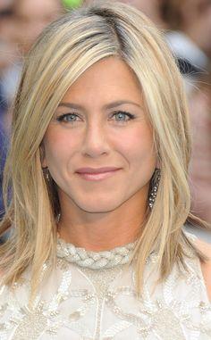 Trucos para reinventar un long bob: el corte de pelo de Jennifer Aniston   Galería de fotos 36 de 40   Vogue