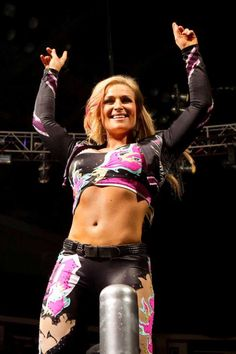 Natalya | Natalya Neidhart will compete with Layla for the WWE Diva Championship ...