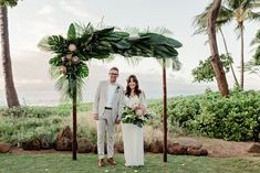 Sara and Jason's Boho Wedding in Maui Maui Weddings, Hawaii Wedding, Boho Wedding, Wedding Blog, Real Weddings, Destination Wedding, Disney Weddings, 1920s Wedding, Wedding Guest List
