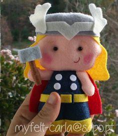 Bebé fieltro móvil cuna Mobile Super Heroes ropa por feltcutemobile