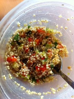 quinoa salade met paprika en zongedr.tomaatjes Couscous, Healthy Recipes, Healthy Food, Fried Rice, Fries, Salads, Bbq, Yummy Food, Lunch