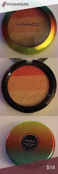 Mac highlighter From the wash and dry collection In the color Freshen up.  New no box. MAC Cosmetics Makeup Luminizer