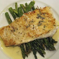 Baked Halibut with Lemon Butter Sauce - - This is a delicious way to prepare fish that any devout red meat lover will appreciate. It's meaty and yummilicious. Any firm white fish will work - like halibut or cod. Seafood Dishes, Fish And Seafood, Seafood Recipes, Cooking Recipes, Healthy Recipes, Baked Halibut Recipes, Halibut Baked, Sauce For Halibut Recipe, Sauce For Fish