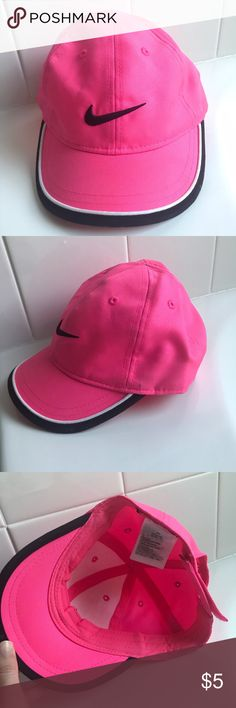 Pink Nike Hat 4-6x Cute Nike hat for 4-6x. This haf was only worn a few times. There is a spot of the outside that is not noticeable when wearing. (See photos) smoke free/pet free. kids size! Nike Accessories Hats