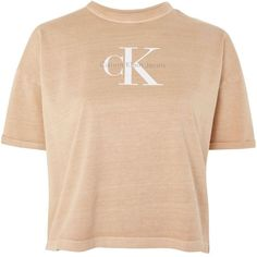 Short Sleeve Crop T-Shirt by Calvin Klein (€51) ❤ liked on Polyvore featuring tops, t-shirts, cream, beige t shirt, beige crop top, crop tee, cotton t shirts and logo tee