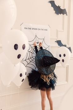 Kid's Halloween Party… – Rach Parcell Halloween Mignon, Fröhliches Halloween, Holidays Halloween, Halloween Themes, Halloween Decorations, Halloween Party For Kids, Halloween Things To Do, Halloween 1st Birthdays, Whimsical Halloween