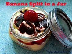 Low Cost Recipes: Banana Split in a Jar
