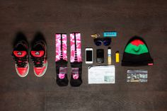 Essentials: Juice of Flatbush Zombies What In My Bag, What's In Your Bag, Flatbush Zombies, Outfit Grid, Clothes Horse, Hypebeast, Juice, Essentials