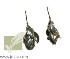 If you love these, you should check out the matching bracelet and necklace!  http://www.jolica.com/catalogue