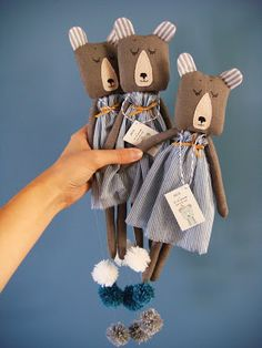 Rose minuscule small fabric soft dolls bears