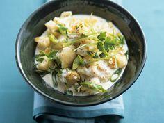 Blumenkohl im Wok zubereitet mit Senf-Honig-Soße | http://eatsmarter.de/rezepte/blumenkohl-im-wok-zubereitet-mit-senf-honig-sosse