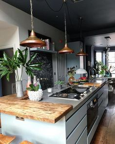 Fun and Fresh Decor Ideas to Make Your Kitchen Wall Looks Amazing Interior Design amp; Decor sur : Inspiring Kitchen in London by Mad Cow I. Decor sur : Inspiring Kitchen in London by Mad Cow I. Industrial Interior Design, Interior Design Living Room, Bar Interior, Copper Interior, Design Interiors, Room Interior, New Kitchen, Kitchen Decor, Kitchen Ideas