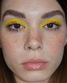 freckles, yellow and graphic blue liner - New Site Makeup Goals, Makeup Inspo, Makeup Art, Makeup Inspiration, Makeup Tips, Beauty Makeup, Makeup Geek, Art Visage, Party Make-up