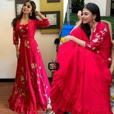 Indian Tv Actress, Beautiful Indian Actress, Beautiful Actresses, Indian Actresses, Lengha Dress, Lehenga, Saree, Mouny Roy, Star Fashion
