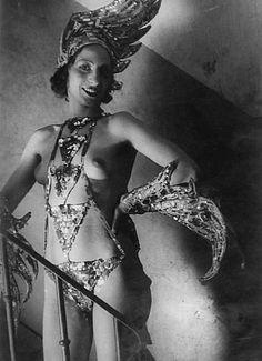 L'Oiseau de Feu, Folies Bergeres - Brassai - c. 1932